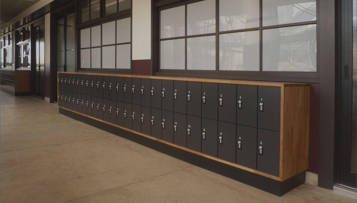 空間の価値を高める学校用ロッカー